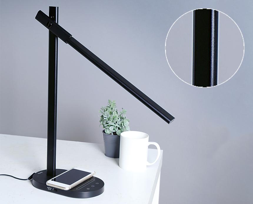 2屈折構造だから、光を照らす角度や範囲が調節でき、明るい。