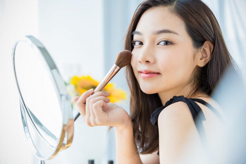化粧の仕上がりは照明に左右される! コスメと照明の関係について ...